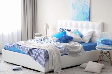 postel_loznice_spani